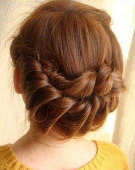其实不论你是长发,短发,还是碎发,都一样可以轻松为自己时尚发型.图片