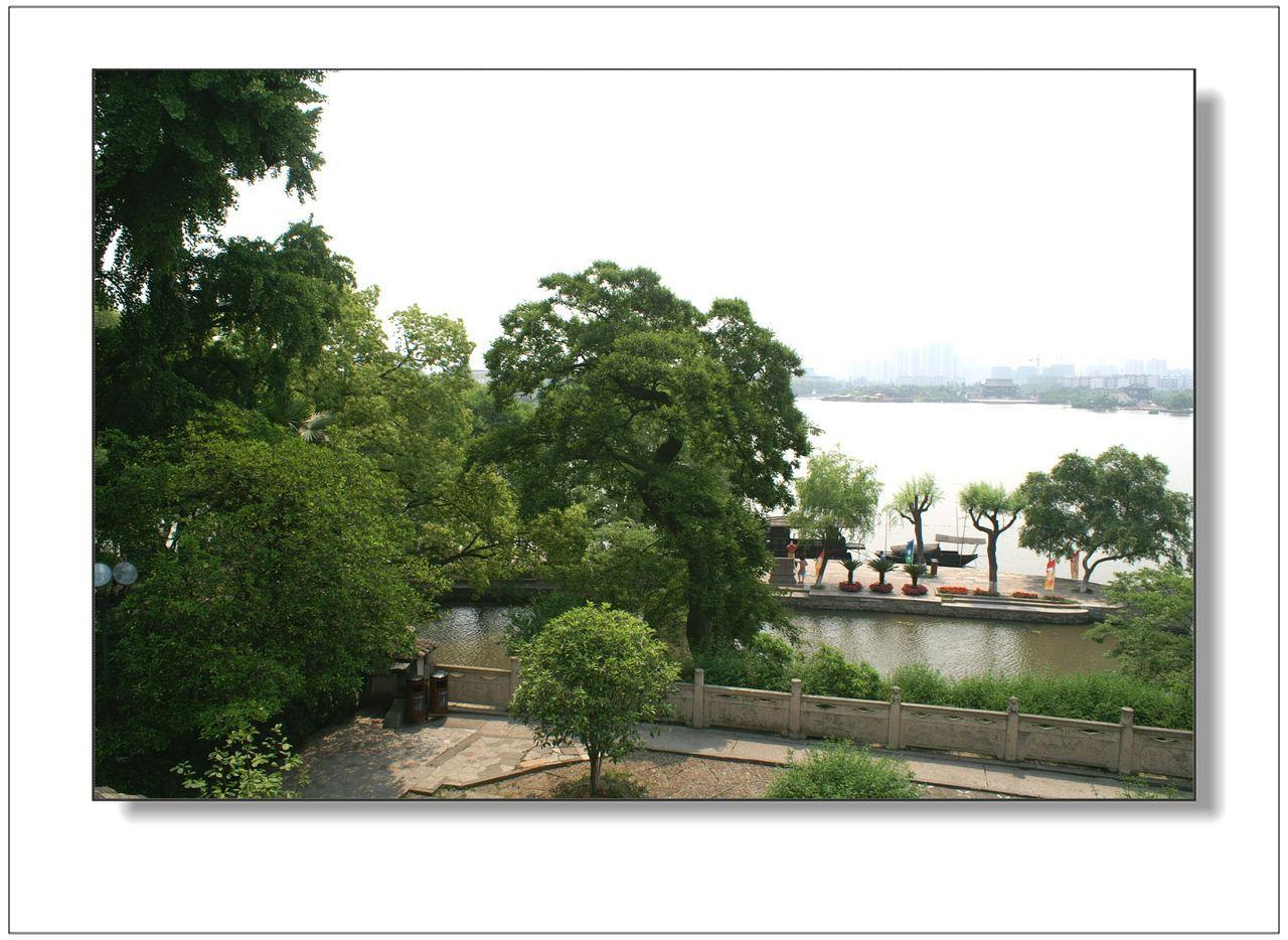 嘉兴南湖湖心岛的烟雨楼