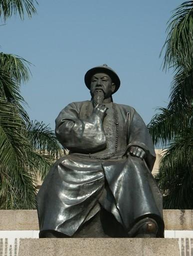 吴为山头像雕塑