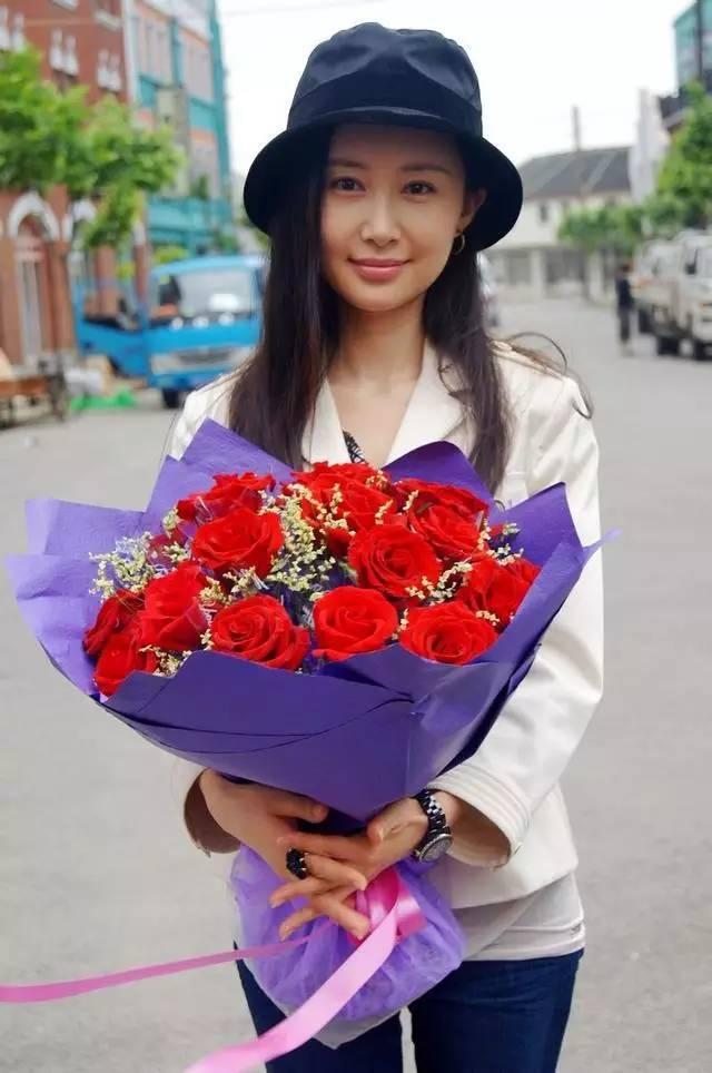 娱乐圈那些绯闻最少的明星 - 红玫瑰 - 红玫瑰