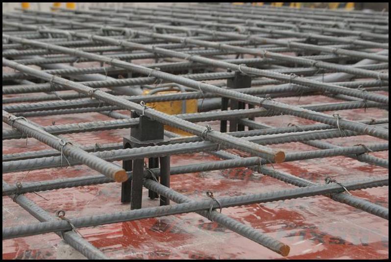 粘结锚固(钢筋要通过保护层把均匀力传到混凝土